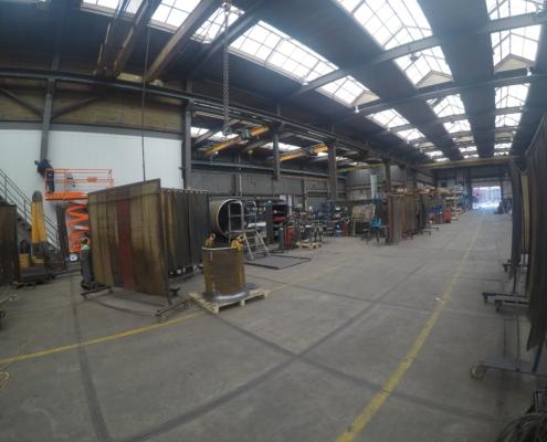 Industriewand in aanbouw